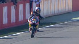 Rimonta vittoriosa del campione del mondo al Ricardo Tormo. Bastianini è il suo vice e Mir il miglior rookie. Migno a podio.