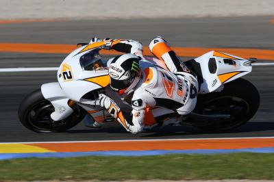Rins crashes on day two of Valencia test