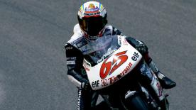 Relive all of the action from the 2000 Italian Grand Prix at Mugello Circuit.