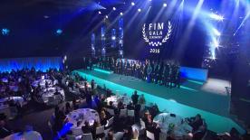 En la gala 2016 de la FIM los campeones de las tres categorías del Campeonato del Mundo de Motociclismo recibieron su merecido homenaje.