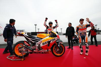 Honda Racing THANKS DAY: Marquez and Pedrosa hit Motegi