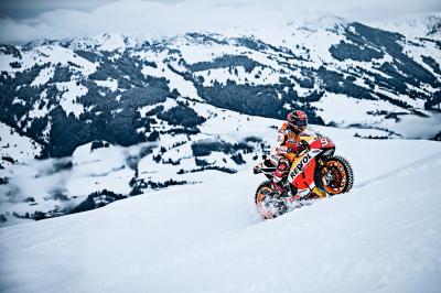 MM93 vs the Hahnenkamm: Marquez goes for a spin on snow