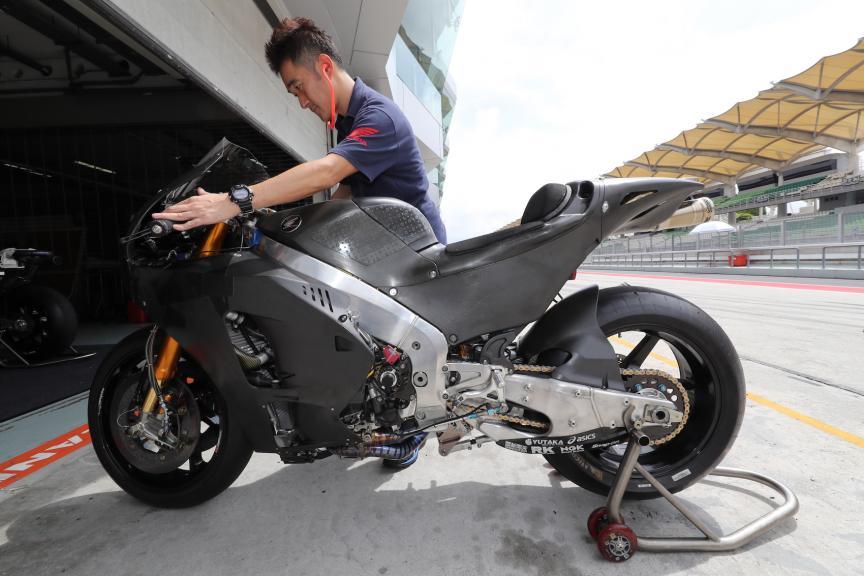 Sepang Private Test, Honda RC213V