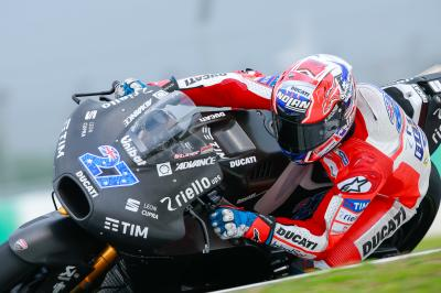 #27 back on top: Stoner fastest in Sepang