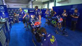 Die Teammanager der Werks-Mannschaften sprechen in Losail mit motogp.com über den ersten Testtag.