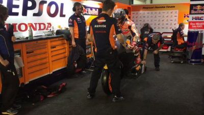 .@marcmaquez93 exiting the garage on his RC213V fitted with a