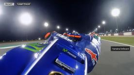 Eine Runde mit Maverick Viñales auf dem Losail International Circuit.