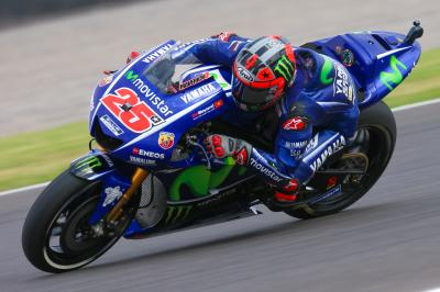 Viñales lays down the marker in FP1