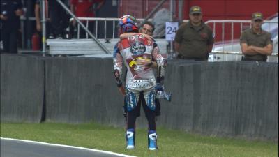 VIDEO: ¡Márquez sufre una espectacular caída en Moto2™...