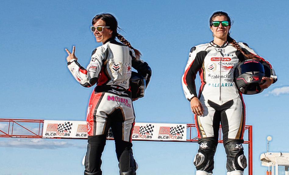 Champi Women Racing