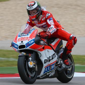 Lorenzo: erste Ducati und zweite Reihe auf dem COTA
