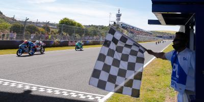 Canet consigue su primera victoria en la última curva
