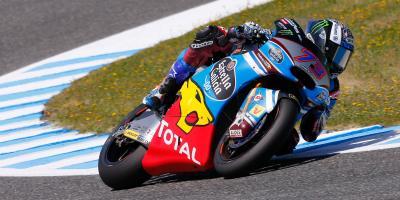Álex Márquez aprovecha su momento y se estrena en Jerez