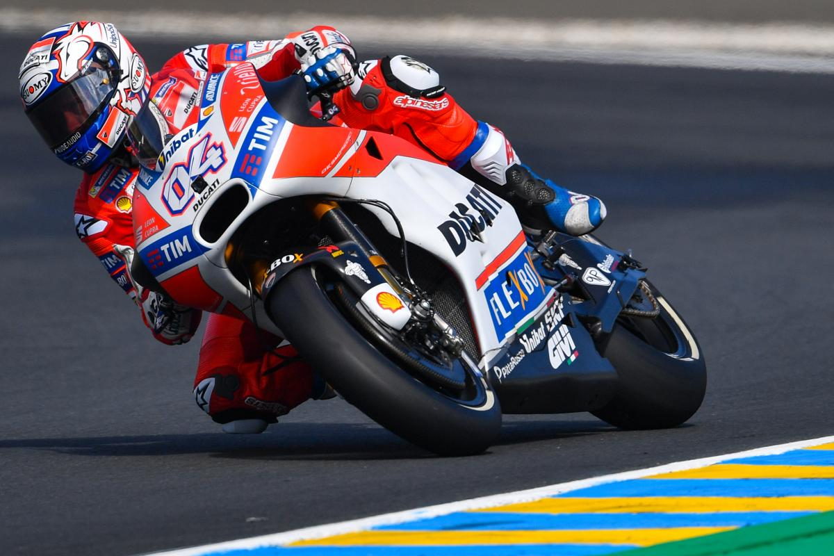 Dovizioso and Zarco move through incredible Q1 | MotoGP™