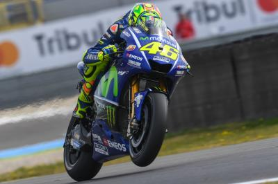 Rossi off to a flier at Assen