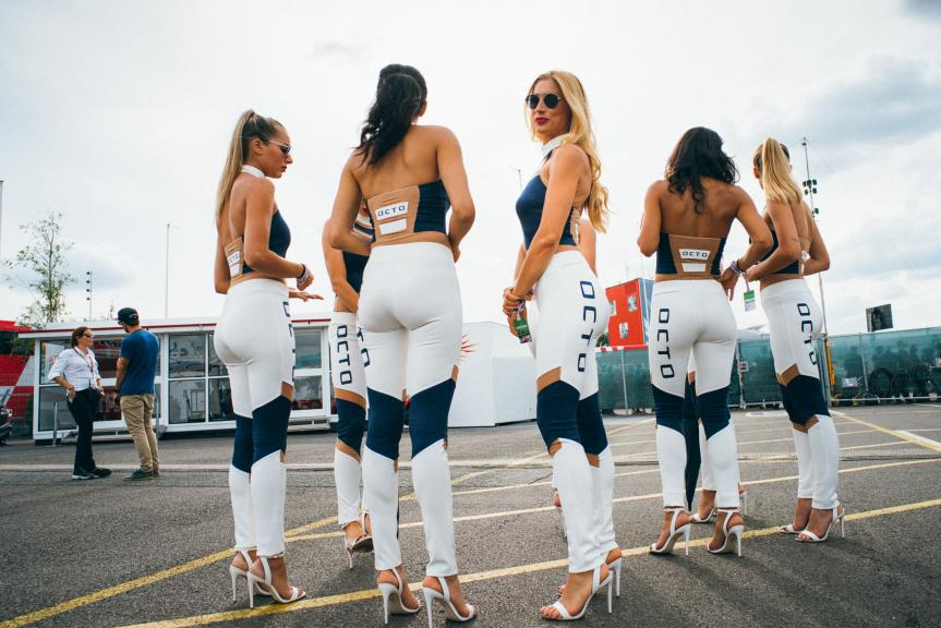 Paddock Girls, Octo British Grand Prix
