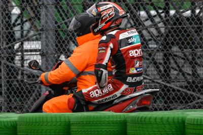 Lowes battles in the top ten before crash