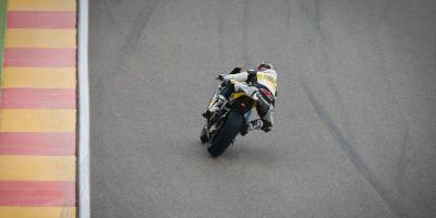 Luck for Lüthi as the rain falls in Spain