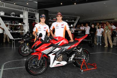 Do not miss this video where Repsol Honda's @marcmarquez93 @26_danipedrosa