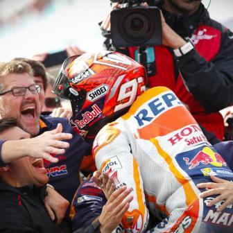Marquez gewinnt 27 Runden- Thriller von Australien