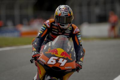 Bendsneyder im Moto3™ Warm-Up vorn