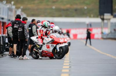 Six-rider fight for the Idemitsu Asia Talent Cup in Sepang