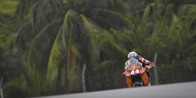 Moto2™: Oliveira auf KTM zum Sepang-Auftakt schnellster