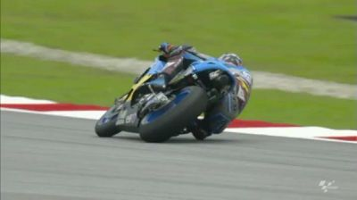 Boom! @jackmilleraus goes goes straight into @MotoGP Q2 at the