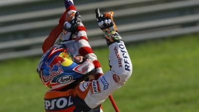 Erlebe erneut Hayden's Titelsieg zum #ValenciaGP- kostenlos
