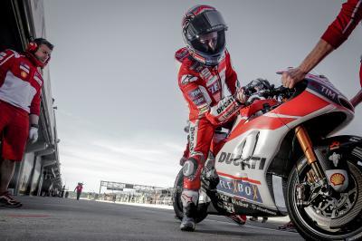 El objetivo de Ducati es mejorar el paso por curva