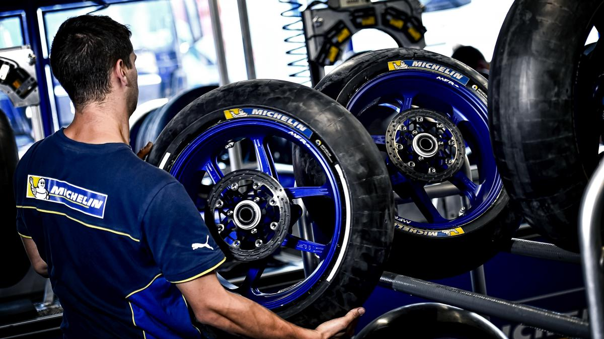 FIM Moto-e World Cup to race with Michelin | MotoGP™