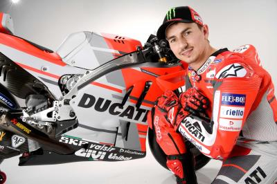 "Lorenzo: ""The team and the bike are ready to win"""