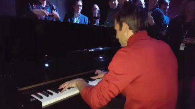.@JohannZarco1 playing piano at the Michelin Motorsport seminar