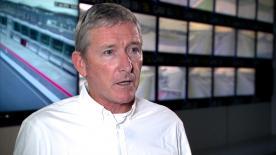 レースディレクターのマイク・ウェブが18年に施行される最高峰クラスの競技規則と技術規則を説明。