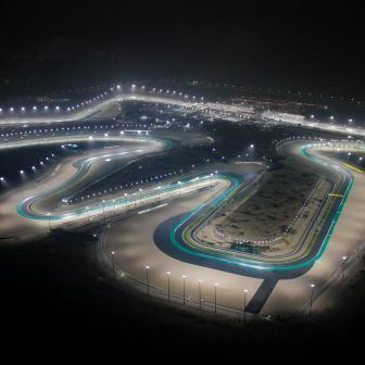 Die Sonne geht unter, die Ampel aus: Startschuss in Katar