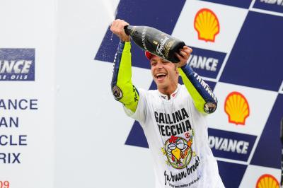 Rossi prosegue, lanciato verso altri record