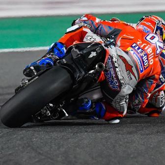 MotoGP™: Dovizioso gewinnt Herzschlag-Rennen gegen Marquez