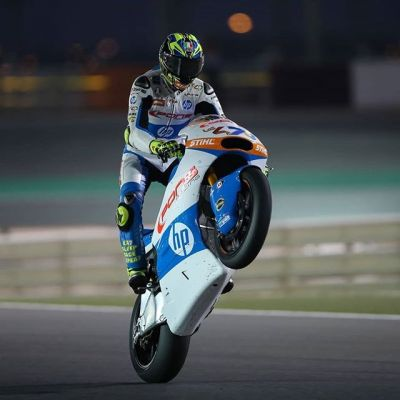 What about a #WheelieWednesday by night?