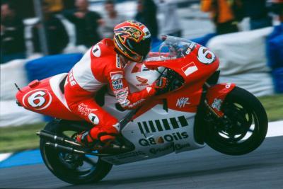 20 años atrás: el debut soñado de Biaggi en Suzuka