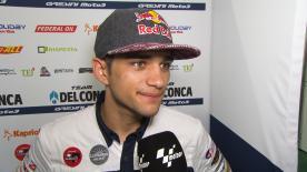 L'Espagnol revient sur sa course : de son passage au box après le tour de chauffe pour changer de moto à sa remontée, jusque dans les points