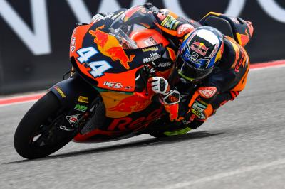 Oliveira leads the pack in Moto2™ FP1
