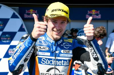 Oettl wins a stunner after a Championship shake up in Jerez
