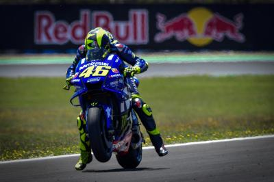 #VR46WorldLap: Rossi races the circumference of the Earth