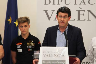 La Diputación de Valencia ofrecerá 55 becas para pilotos