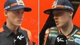 レッドブ・KTM・ファクトリー・レーシングのポル・エスパルガロとブラッドリー・スミスがレイアウトと路面を評価し、テスト内容を説明。