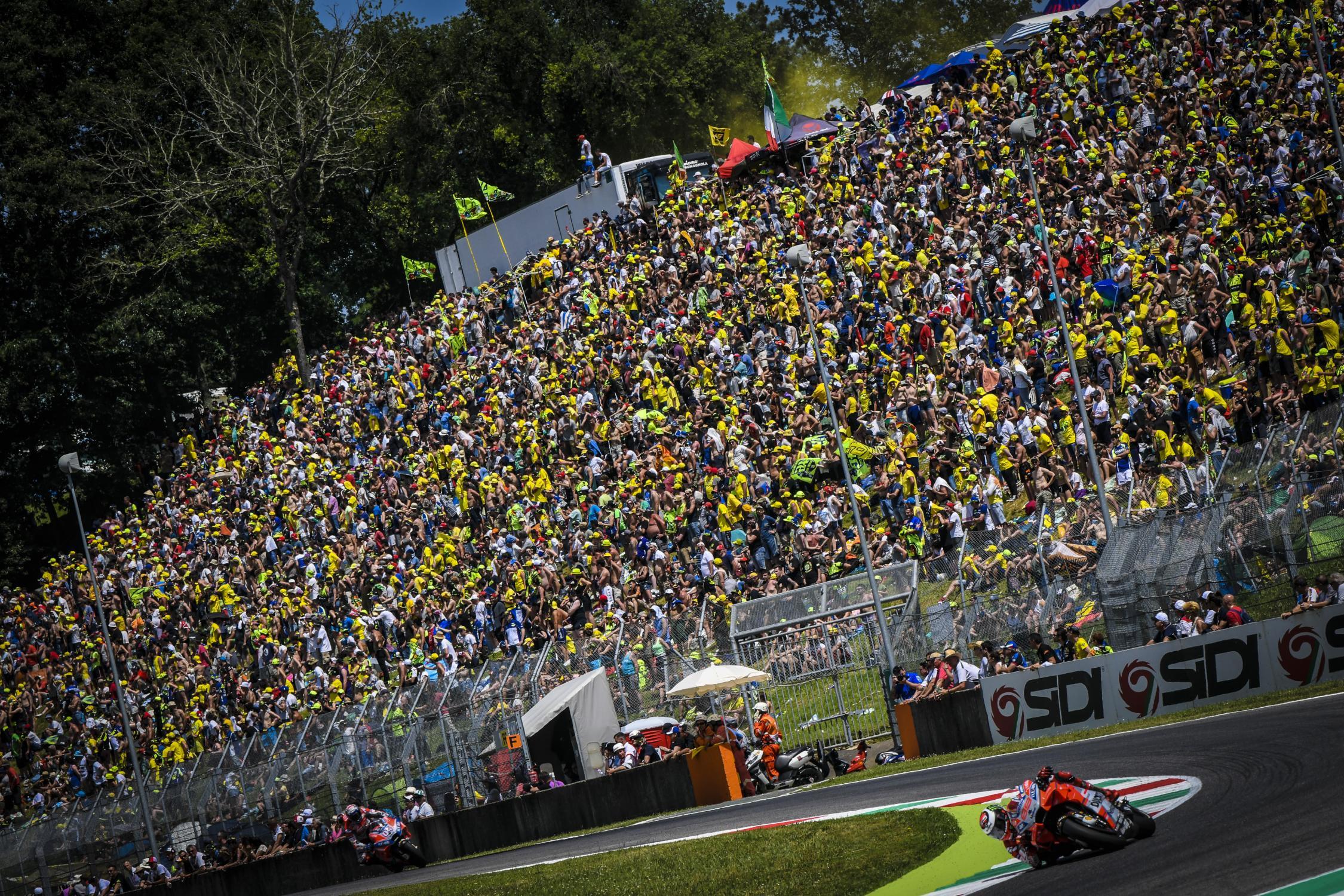 Le bar de la compétition moto ! - Page 37 _ds09562.gallery_full_top_fullscreen