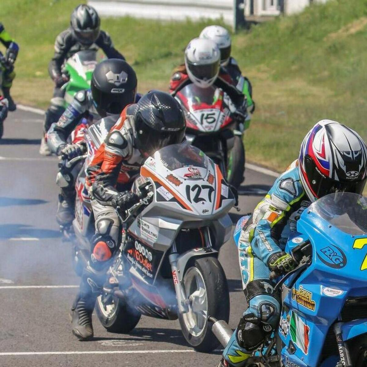 Top Ten Fab Pictures: Cool Fab British Minibikes: Round 3 Report!