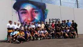 Axe Colors, along with MotoGP™ riders, unveils his graffiti tribute to Luis Salom at Turn 12 of the Montmeló circuit.