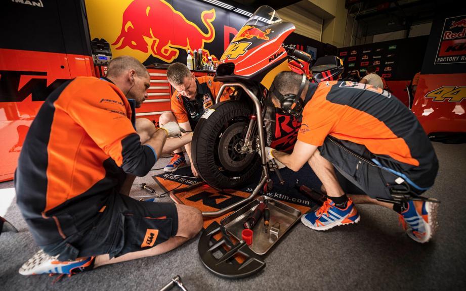 Mechanics, Red Bull KTM Factory Racing