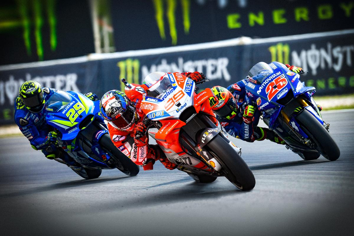 Hammer down: Lorenzo fastest, Marquez 12th | MotoGP™